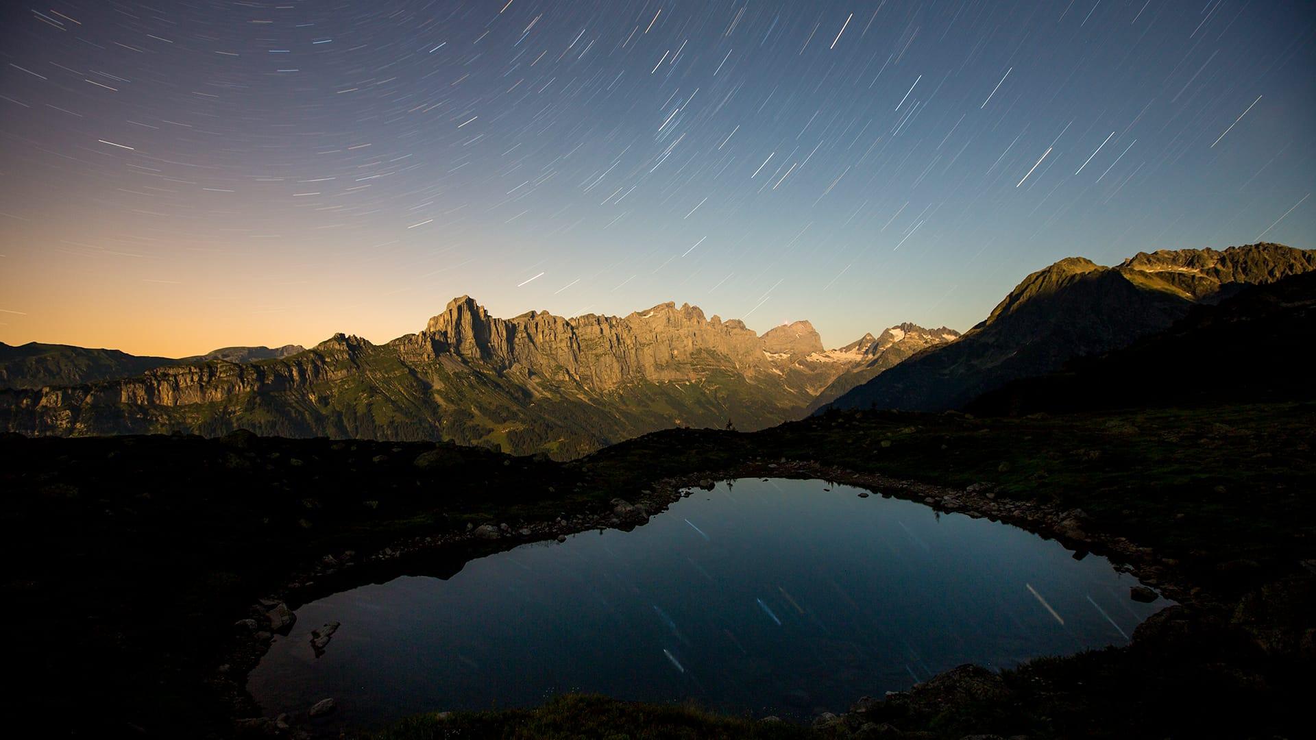 Einen unvergesslichen Abend erleben: Vollmondwanderungen vom Berggasthaus Tälli aus.